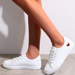 White Preppy Casual Heart Pattern Skate Shoes